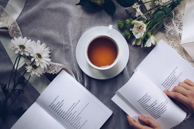 Menulis Resensi Buku - blog buku