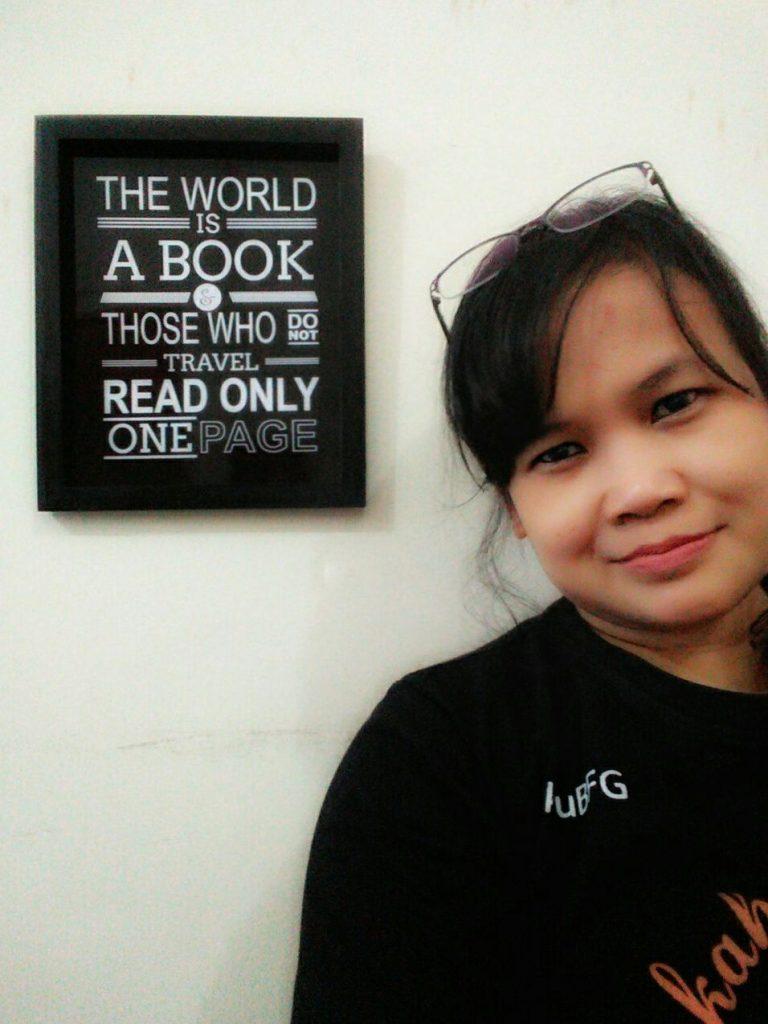 Carolina Ratri - penulis buku Sukses Membangun Toko Online