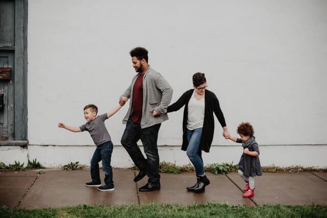5 Tip Membangun Hubungan Orang Tua dengan Anak yang Dekat