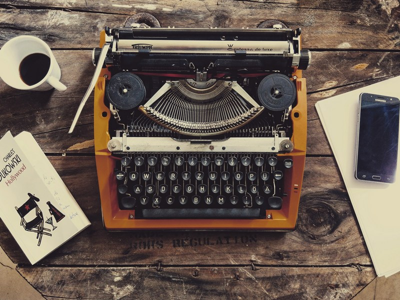 Menulis Setiap Hari, Kamu Akan Merasakan 8 Manfaat Ini!