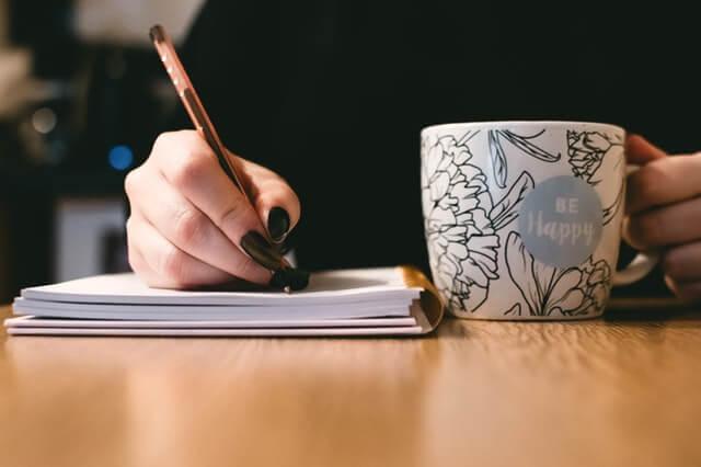 4 Manfaat Menulis untuk Kesehatan Mental