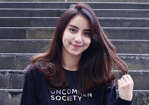 Selebgram Indonesia berfollower terbanyak - Clairine Christabel